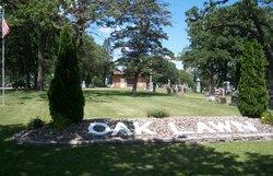 Oak Lawn Cemetery
