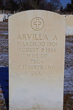 Arvilla Ann <I>Hoyt</I> Bertrang