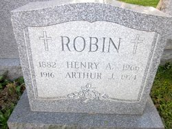 Arthur J Robin
