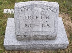 "Roxanne May ""Roxie"" <I>Carnahan</I> Ion"