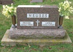 Anna Neuses