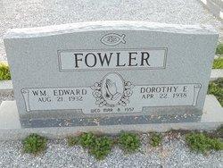 Dorothy E Fowler
