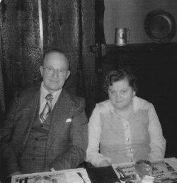 Doris Mae <I>Lincoln</I> Thorson