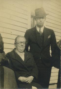Agnes V <I>Farnsworth</I> Smith