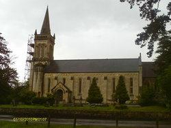 Shaw St Marys Churchyard
