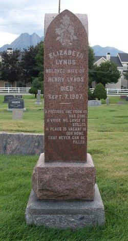 Elizabeth Lynds