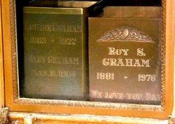 Roy S Graham