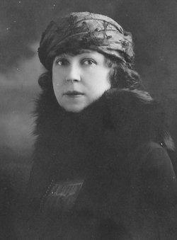 Clara E <I>Agramonte</I> Young