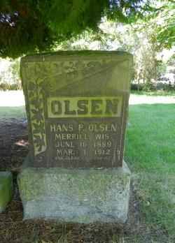 Hans P Olsen