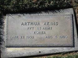 Arthur Akins