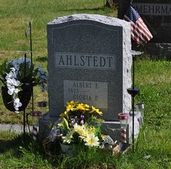 "Albert E ""Tweedy"" Ahlstedt, Jr"