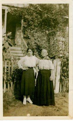"Mary Tilley ""Mary T"" <I>Vargues</I> Olave"