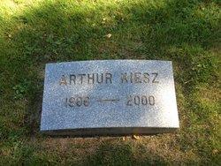 Arthur Kiesz