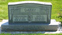 Glen S Oakey