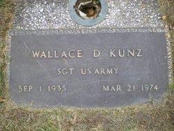 """Wallace Dee """"Dee"""" Kunz"""