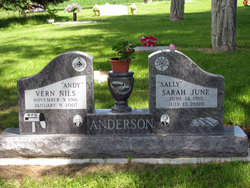 "Sarah June ""Sally"" <I>Nixon</I> Anderson"