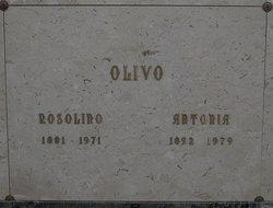 """Antonia M """"Anna"""" <I>Geracie</I> Olivo"""