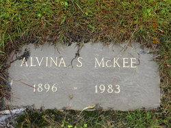 "Alvina E ""Vina"" <I>Smith</I> McKee"
