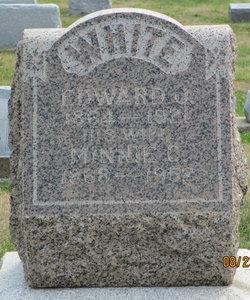 Minnie Esther <I>Mills</I> White
