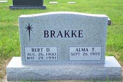 Bert D Brakke