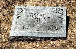 Joseph Everette Smith
