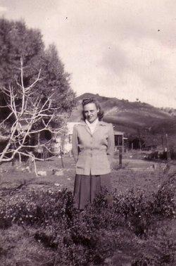 Elsie M Walker