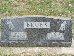 Mae Evelyn <I>Bahrenfuss</I> Bruns