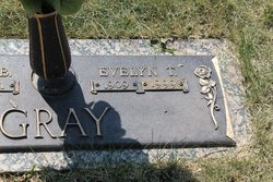 Evelyn T Gray