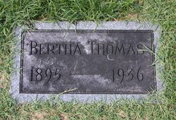 Bertha L. <I>Straughan</I> Thomas