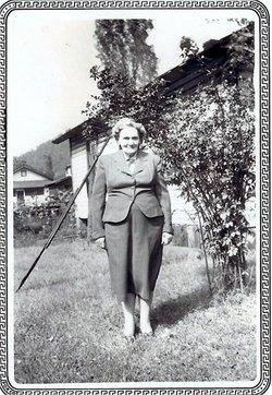 Ella <I>Fultz</I> Hubbard
