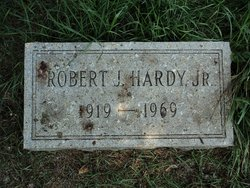 Robert J Hardy Jr.