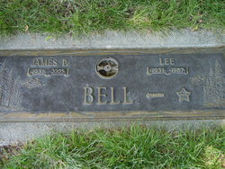 """Fanny Lee """"Lee"""" <I>Zook</I> Bell"""