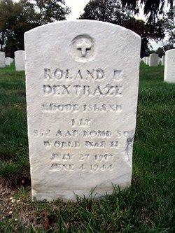 Roland U Dextraze