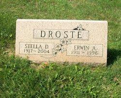 Stella D <I>Kaminski</I> Droste