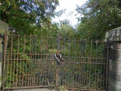 Maryhill Parish Church Burial Ground