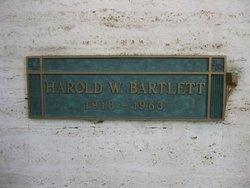 Lieut Harold Wayne Bartlett