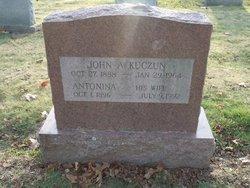 John A Kuczun