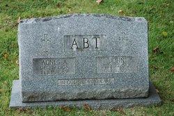 Agnes Abt