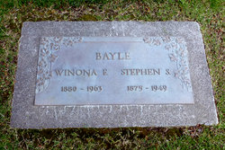 Winona Estella <I>Smith</I> Bayle