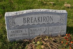 David D Breakiron