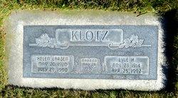 Lyle Hinden Klotz