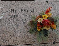 "Jewel ""Tookie"" <I>Juneau</I> Chenevert"