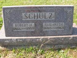 Elizabeth Schulz