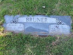 Robert Frank Bruner