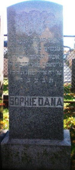 Sophie Dana
