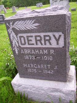 "Margaret Jane ""Maggie"" <I>McHargue</I> Derry"