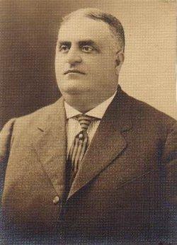 Edward E Towner