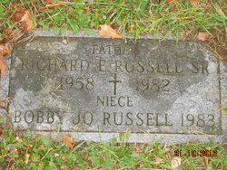 Richard E Russell, Sr