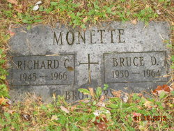 Richard C Monette