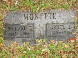 Bruce D Monette